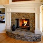 Как осуществить отопление загородного дома камином