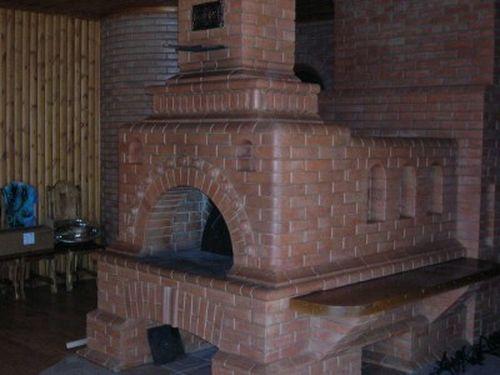 Современная печь с лежанкой