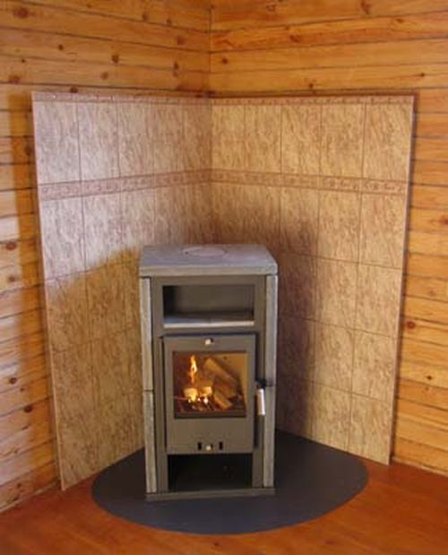 Техника безопасности при установке печи в деревянном доме